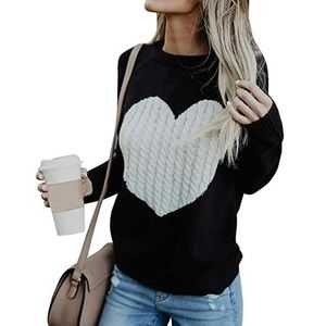 NWOT Heart Sweater Crewneck Pullover Knit Top